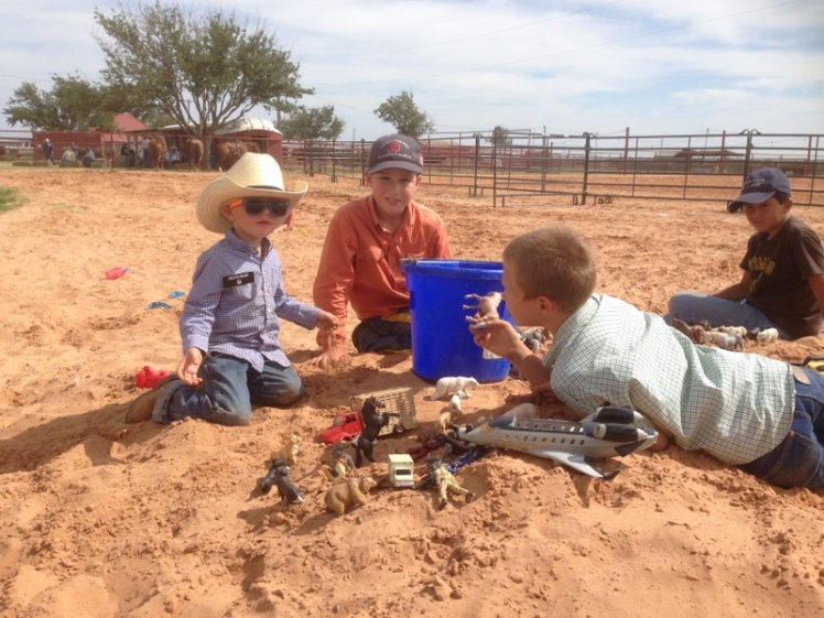 kids in sandpile
